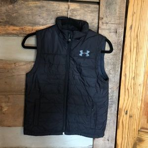 UA Youth Lightweight quilted vest